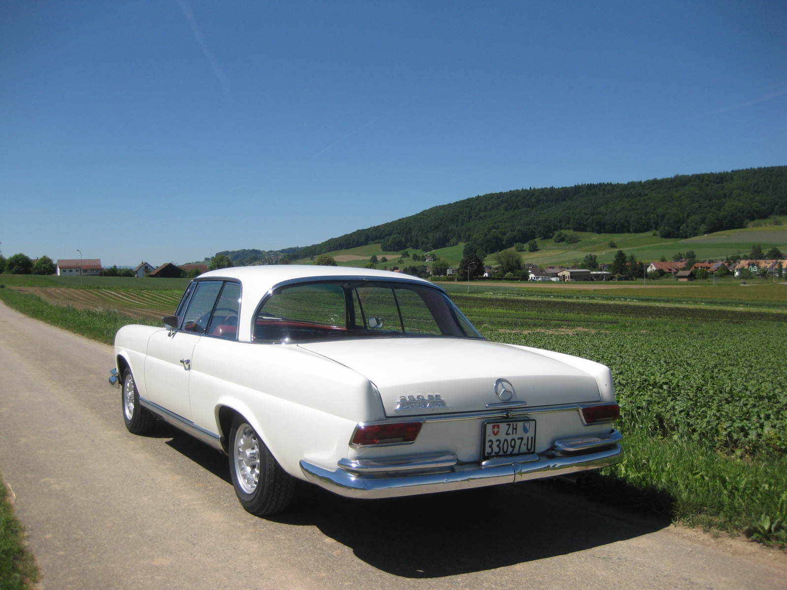 Mercedes-Benz 250 SE Coupé