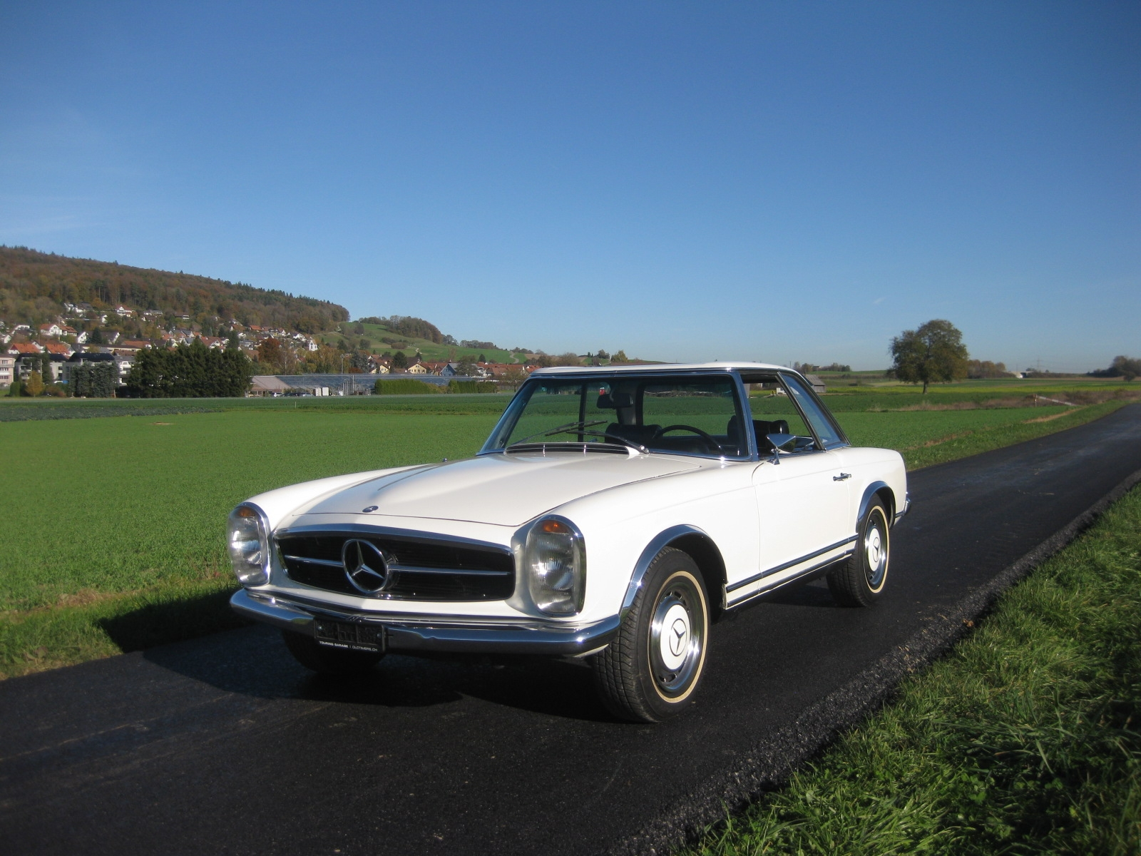 touring garage ag mercedes benz 280 sl cabriolet 1980. Black Bedroom Furniture Sets. Home Design Ideas