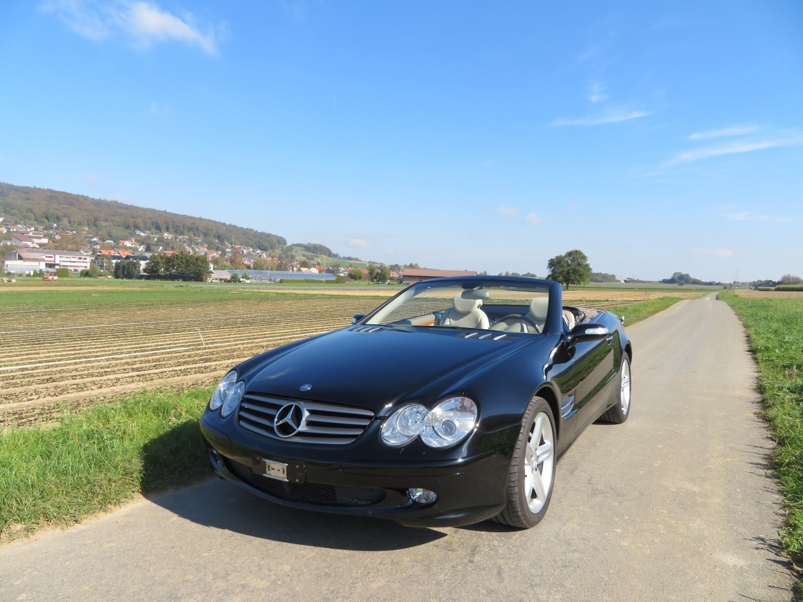 touring garage ag mercedes benz sl 500 cabriolet 2004. Black Bedroom Furniture Sets. Home Design Ideas